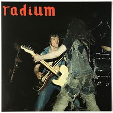 Radium - Live In Nottingham LP (+ single) Dust 039