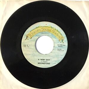 Moonstone - Communication Blues / A New Day 7-Inch USS-2